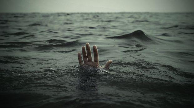 Drowning (4-7-16)